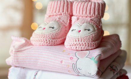 Comment choisir des vêtements pour bébé ?