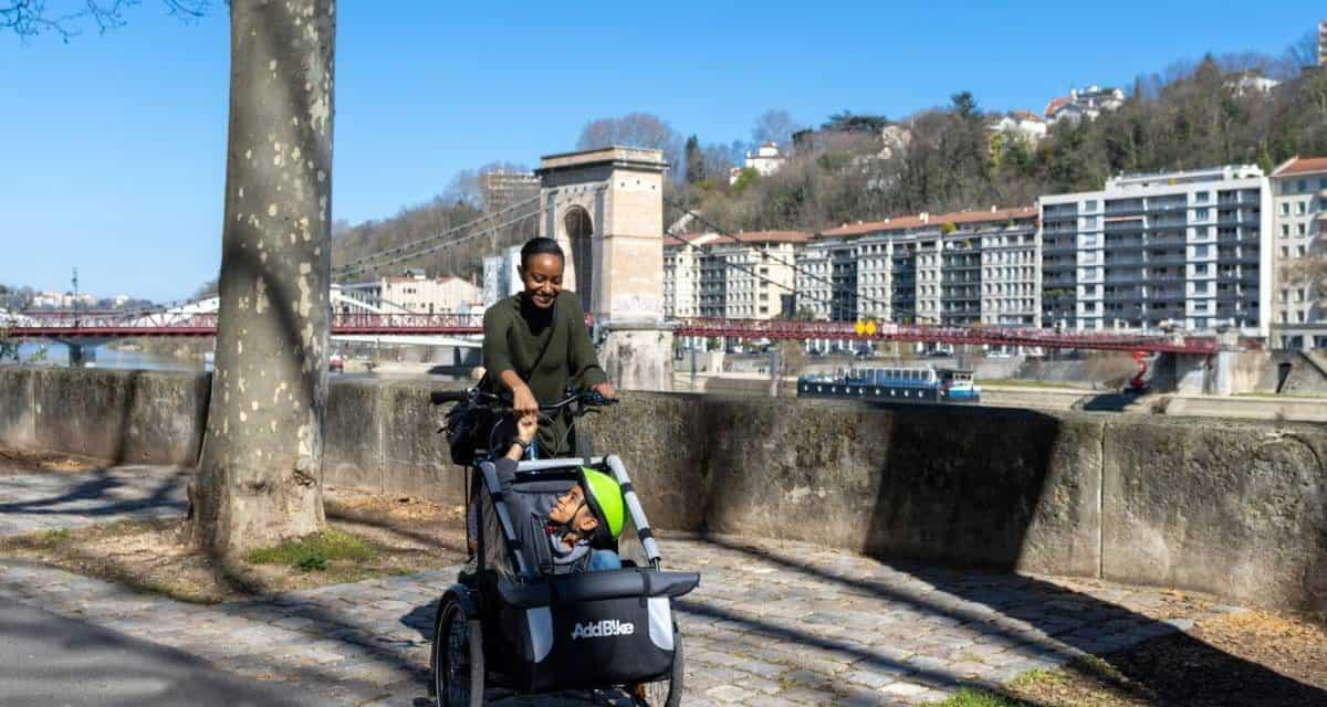 Vélo : les solutions pour les familles et les personnes chargées
